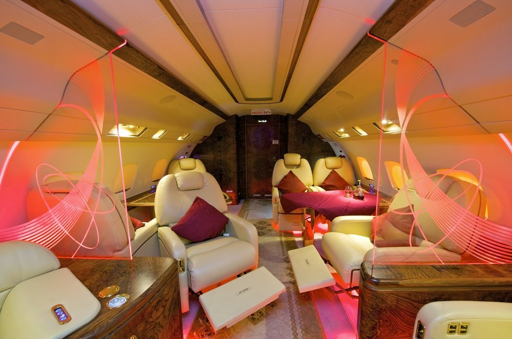 Private jet air travel