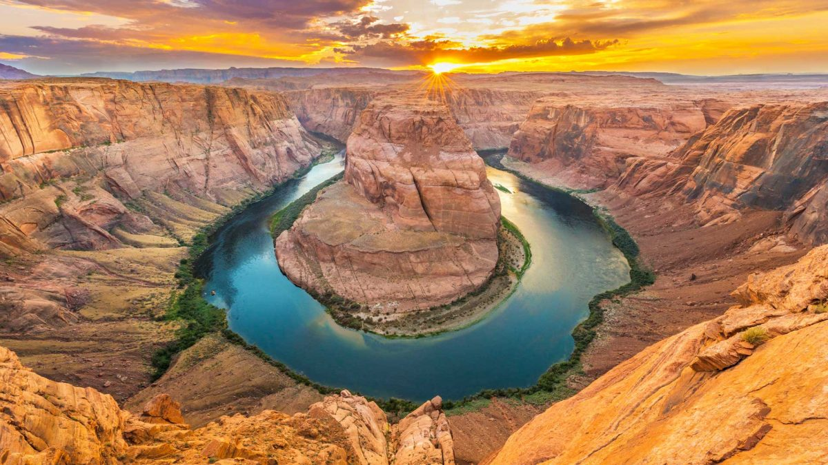 Take a Helicopter Tour of Horseshoe Bend in the Grand Canyon
